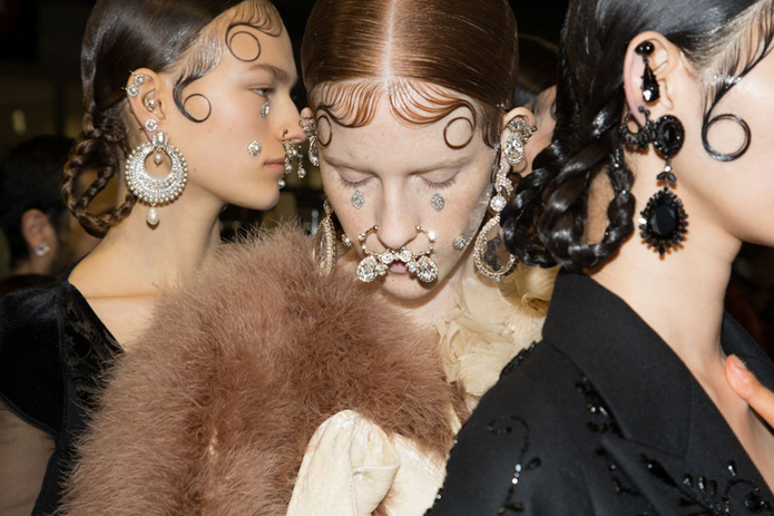 givenchy-backstage-jewelry